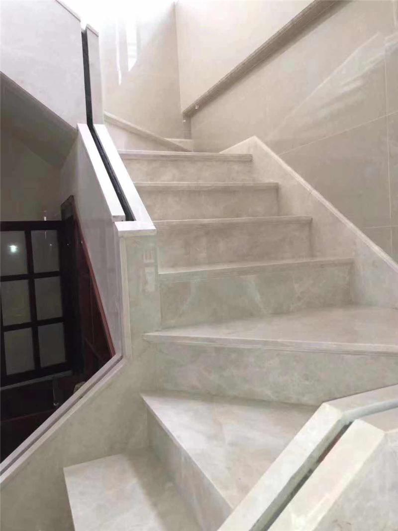 豪宅大理石台阶楼梯
