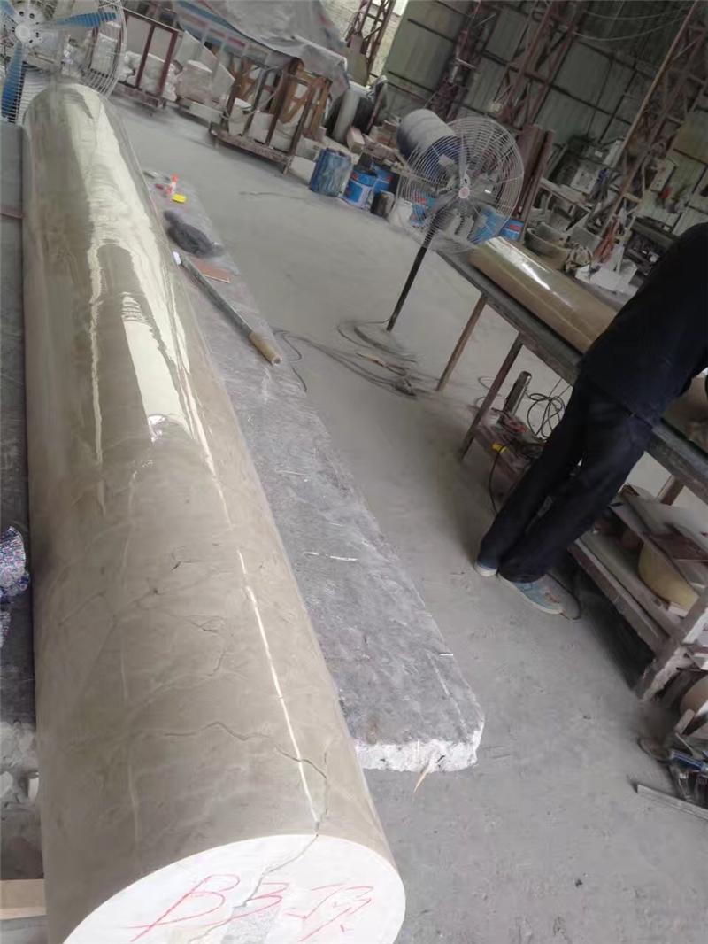 大理石包柱子