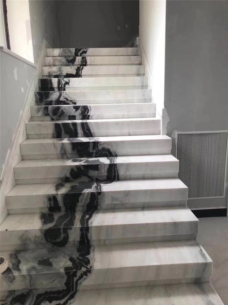 豪华别墅大理石楼梯