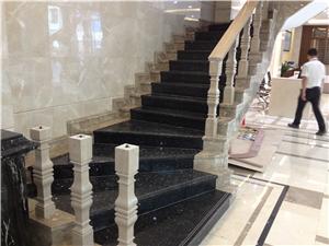 别墅大理石楼梯